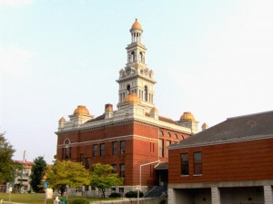 Sevier-county-tn-courthouse